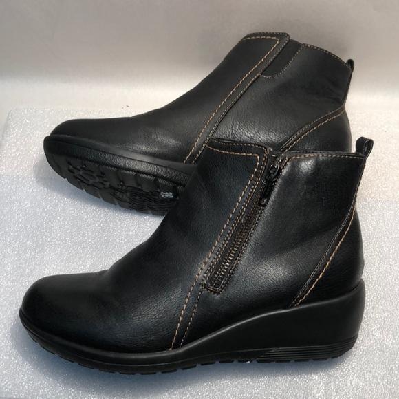 Women/'s Softspots •Carrigan• Weatherproof Wedge Boot